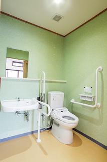 17 多目的トイレ IMG_8501.jpg